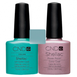 CND Shellac Hotski to Tchotchke + Strawberry Smoothie